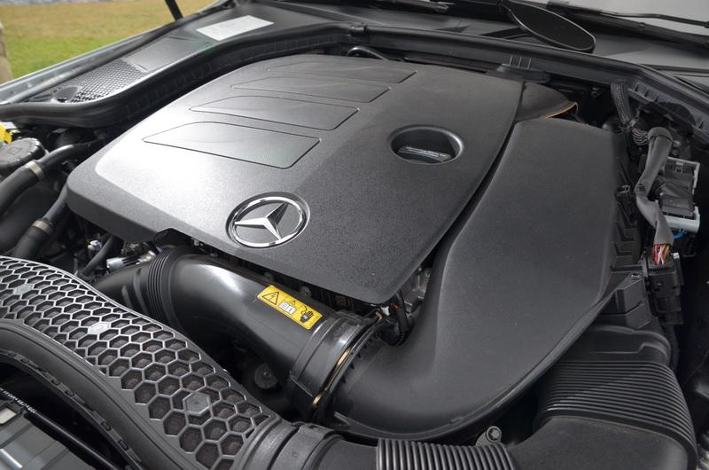 小改款C-Class僅搭載新式M264引擎的C200獨家配置了EQ Boost科技