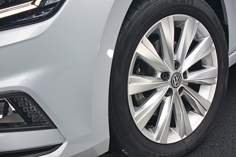 不同車型配置各有巧妙的鋁圈與外觀套件,展現獨到個性與魅力。