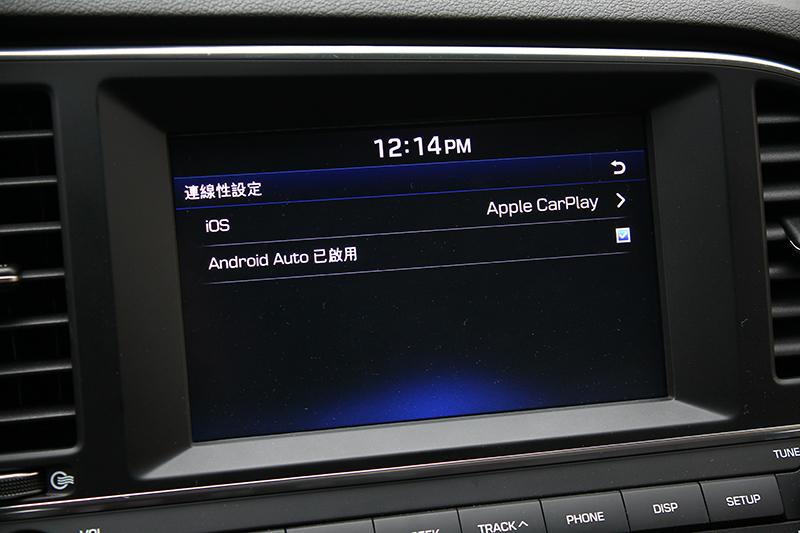 當代車載系統的重點 — Apple CarPlay與Android Auto,也是ELANTRA Sport的標配。