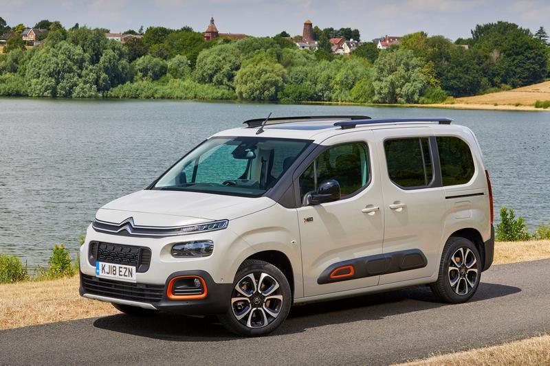 Peugeot與Citroen分別以5008跟Berlingo奪下大型SUV與MPV大獎。