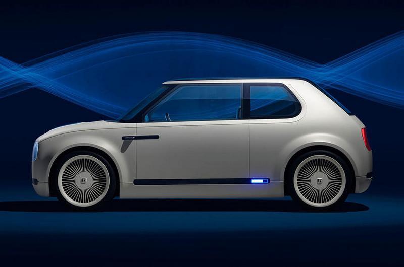 高密度輕量電池讓Urban EV擁有約250公里行駛里程。