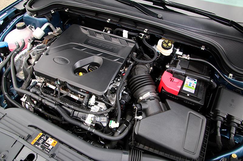 全新的三汽缸引擎是本次改款重點,運轉精緻度極佳。