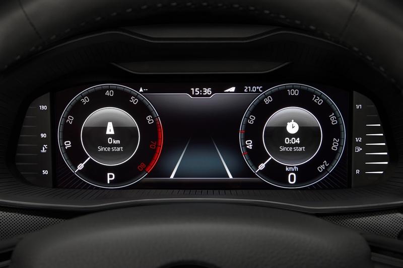 提供9.2吋中控觸控螢幕及可選配10.25吋數位儀表。