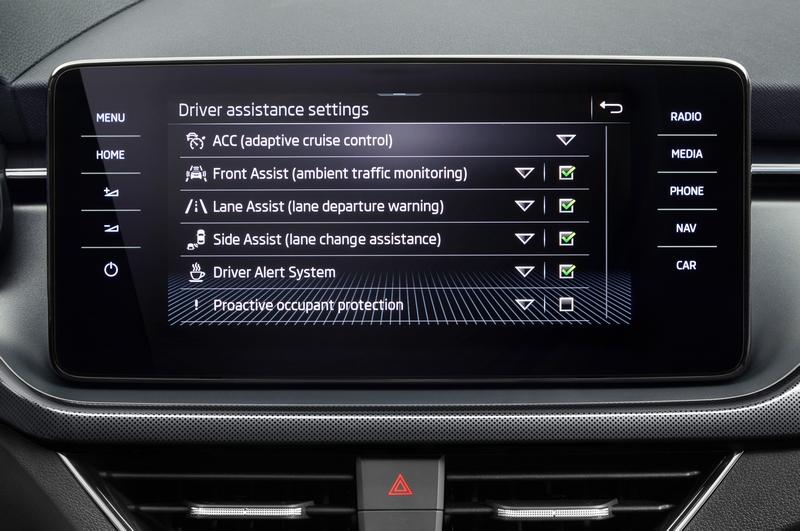ACC、盲點警示、主動式煞停、9具氣囊等配備皆全數搭載。