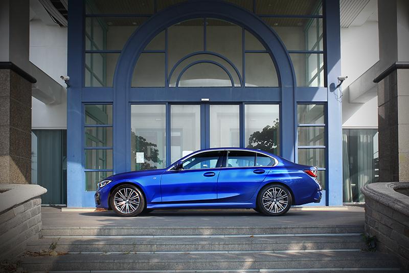 G20的整體輪廓動感之餘更顯雍容,絕對是近期最好看的房車產品之一。