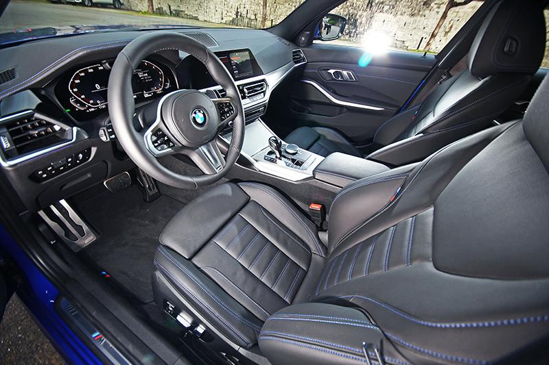 身為有史以來最大的3 Series,新車的座艙空間真的一點不是問題。
