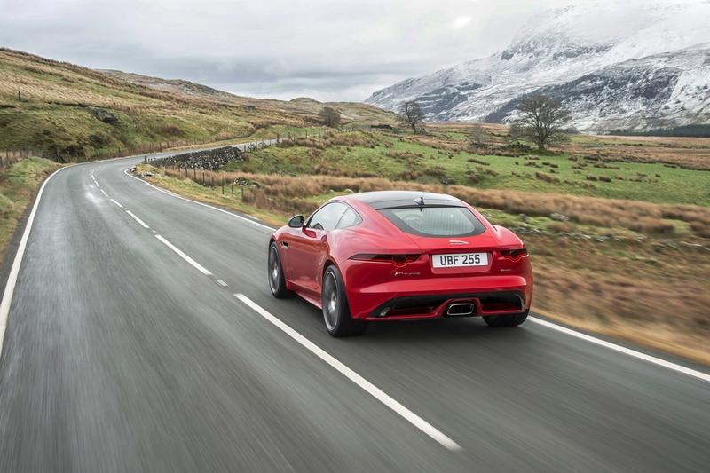 目前Jaguar正在考慮F-Type是否搭載電動系統。