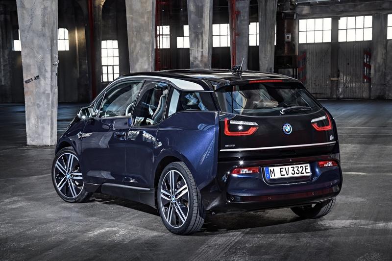 i2將有與i3相近的尺碼,但不會採用碳纖維材質讓車價得以低於33000美元。