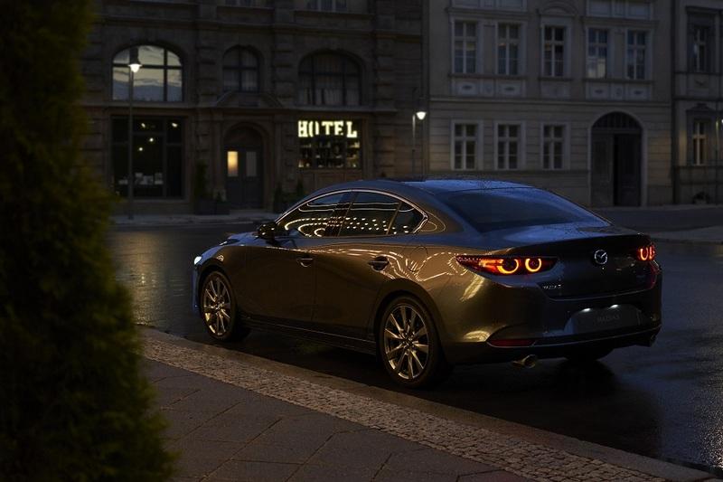 新世代Mazda 3不論四門或五門,實車都相當好看討喜。