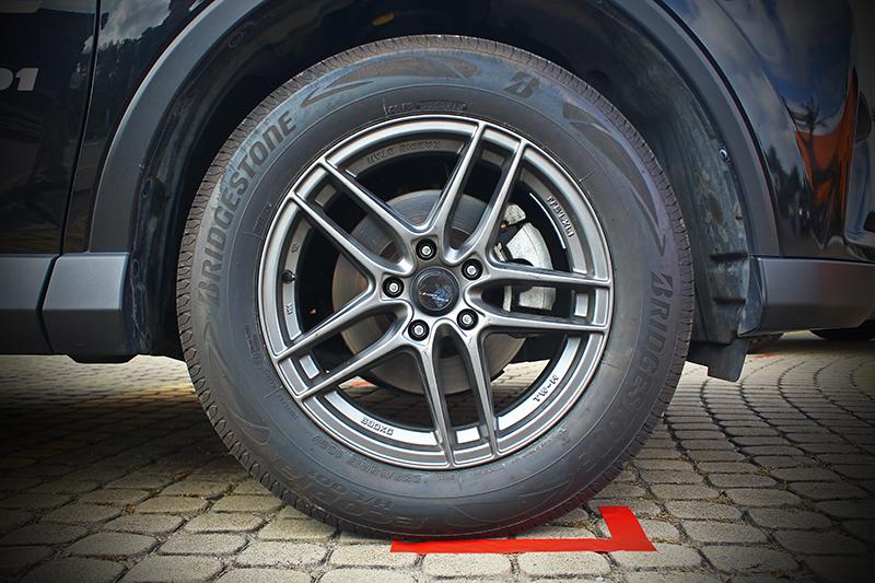 Ecopia H/L001是Bridgestone用以接替EP850而來的全新SUV用胎。