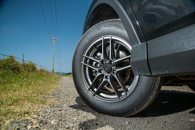 身為全方位實用導向SUV用胎,Ecopia H/L001表現確實可圈可點。