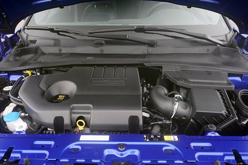 D150搭載2.0升柴油渦輪動力,擁有150ps最大馬力與380Nm最大扭力。