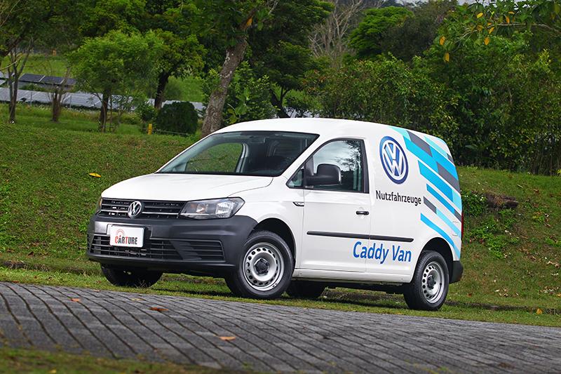 短軸的Caddy Van車長4,408mm,尺寸與滿街跑的Vios並無多大差異。