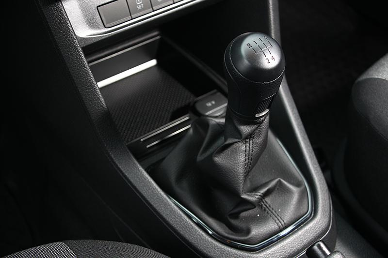 五速手排相當好開,離合器也不會過度重腳或接點難找。