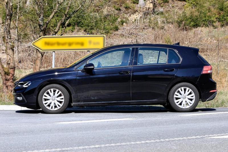 八代Golf外觀僅作小幅變動,大致仍與七代車型相近。
