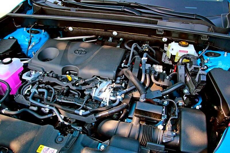 RAV4雖為油電動力,但218hp的綜效馬力確讓它獲得加速輕快的特性。