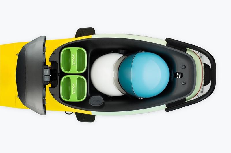 置物空間也加大至26.5公升,可放置兩頂3/4安全帽。