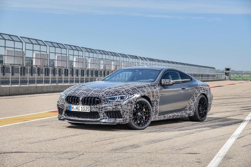 M8預計搭載4.4升V8渦輪引擎,動力預估上看600hp。