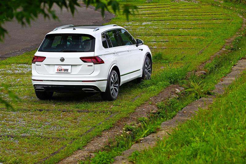 Tiguan 380 TSI R-Line Performance外觀雖然討喜,但IQ.Drive智能駕駛輔助套件的表現卻更讓人期待。