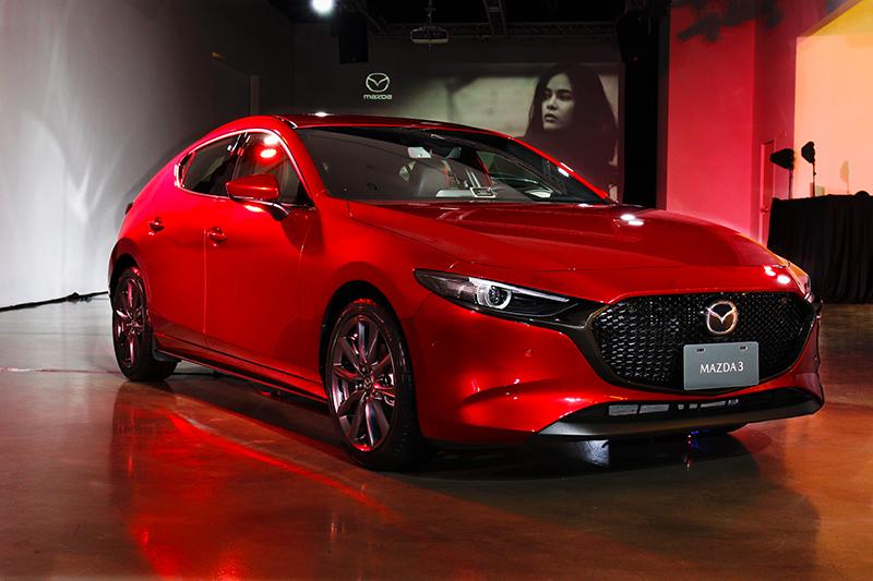 新世代Mazda 3設計回歸於平靜,內斂的手法營造出更具質感氛圍。