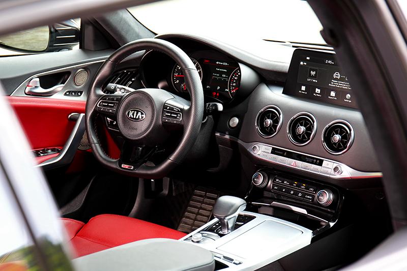 即使為2.0T GT-Line車型,但整體配備規格卻與頂規車型看齊。