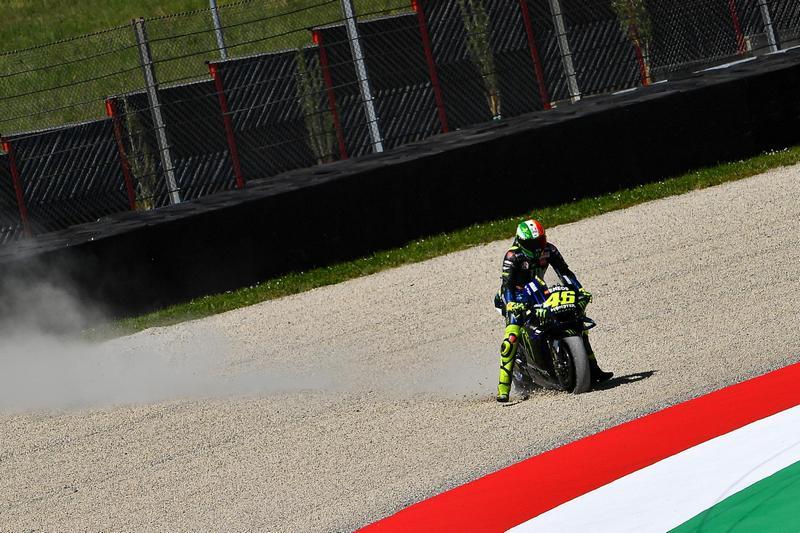 Rossi本站起跑沒多久就與Mir跑出賽道而墊底,之後還發生轉倒意外。