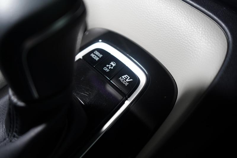 Altis Hybrid的EV純電模式,若電量充足能以不耗油的方式行進