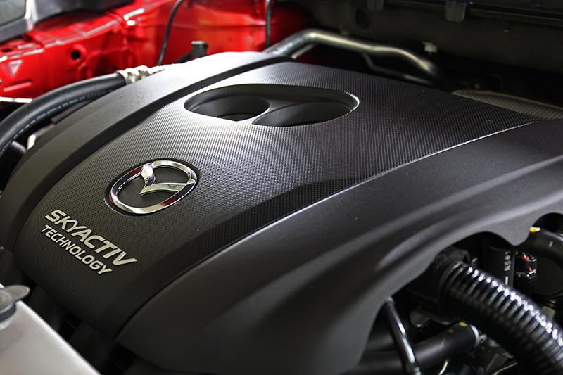 2.5升缸內直噴汽油引擎,成就更臻醇厚的194ps/26.3kg-m峰值輸出。