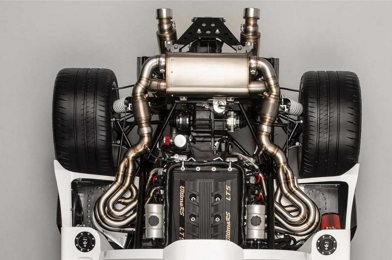 依車型等級Ultima RS搭載的6.2升V8引擎,分別提供480hp/650hp/800hp動力。