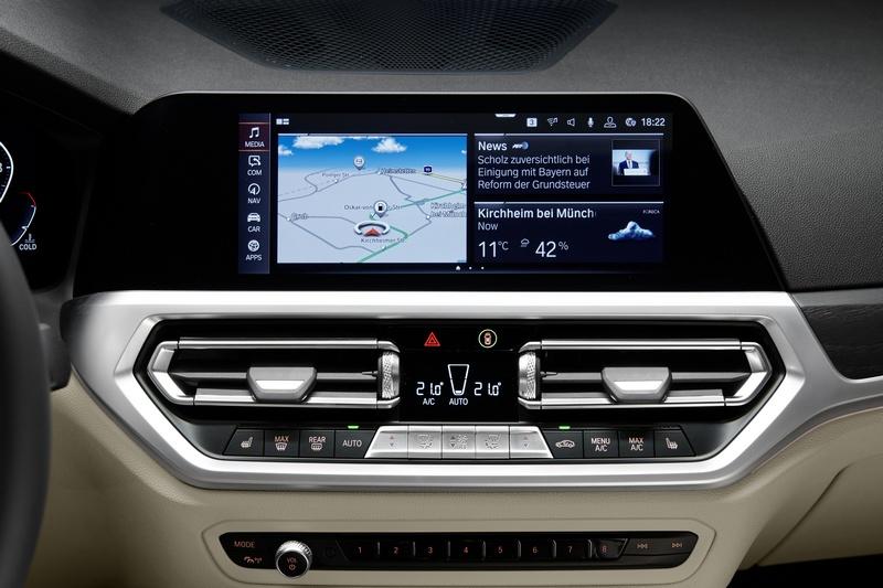 12.3吋與10.3吋中控與數位儀表都能在3 Series Touring看見。