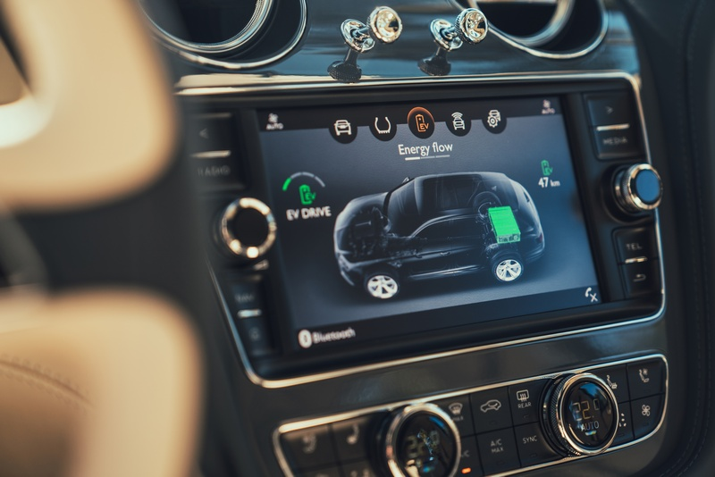 目前Bentley已替Bentayga增加Hybrid系統。