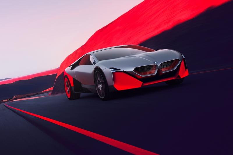 Vision M Next搭載插電式油電系統,具有600hp最大馬力、3秒完成百公里加速、極速300km/h及100公里的純電行駛里程。
