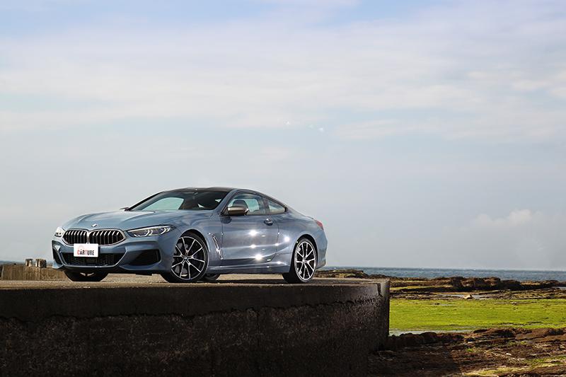 大尺碼設定與雙門造型,M850i xDrive Coupe充分展現豪華GT應有氣勢。