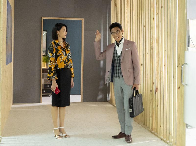 左起:蔡妙如(曾珮瑜飾演)與江紹宏(夏靖庭飾演)