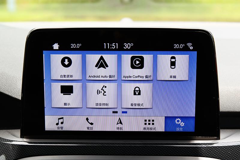 SYNC 3系統可支援聲控操作及Apple CarPlay與Android Auto功能