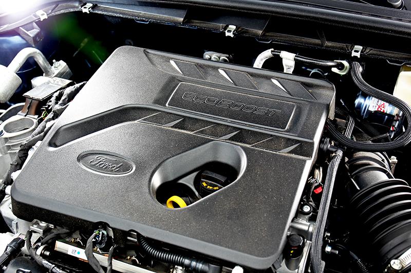 182hp/24.5kgm最大動力不僅數據亮眼實際駕駛也有好感。