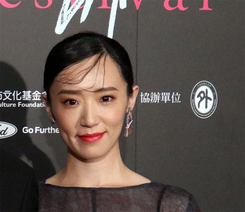 林子熙在電影「灼人秘密」中飾演5號試鏡女星,與周曉涵有女女熱吻鏡頭(資料照片)