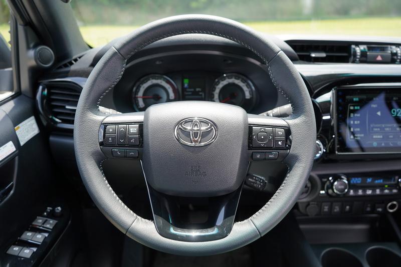 這款多功能方向盤已在多款Toyota新世代車型上見過
