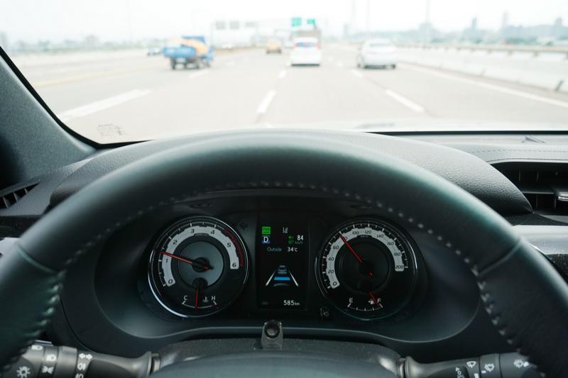 這套TSS系統的作動方式和緩,不會有急加速或煞車力道過猛的情況發生