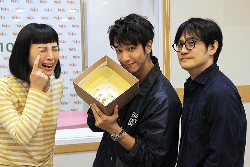 劉以豪收到「有一種悲傷」蛋糕,魏如萱(左)跟陳建騏也傻眼