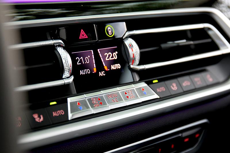 五區恆溫於車室每一處都能自定冷暖。
