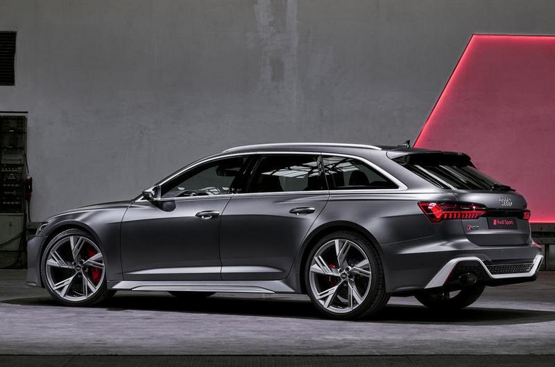 剛硬線條與寬體車身讓RS 6 Avant充滿濃厚侵略性能氣勢。