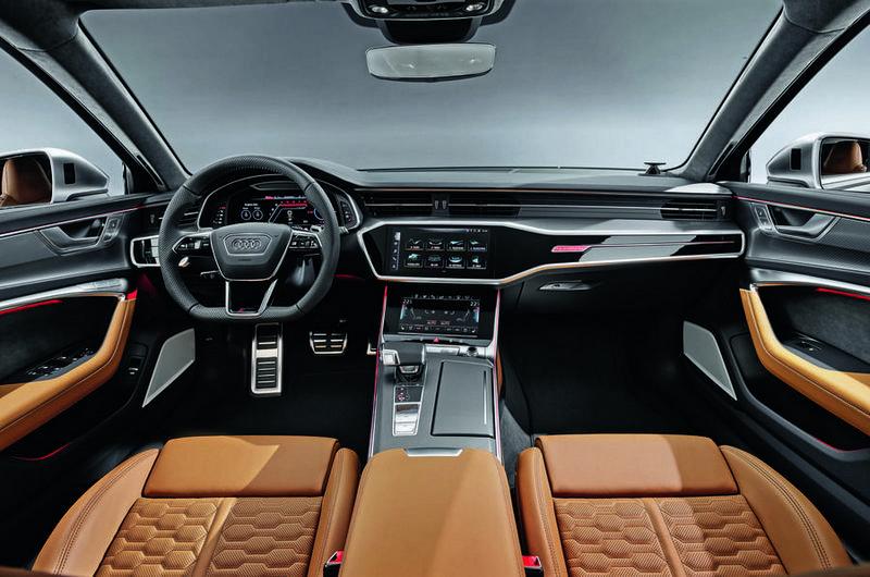 即使是性能旅行車,座艙仍是有兼顧便利實用性的雙層式中控與數位移表。