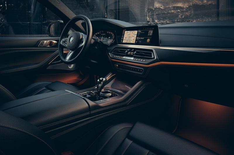 X6駕駛座艙以尊貴質感與駕駛者導向理念打造,更標配Personal CoPilot智慧駕駛輔助科技。