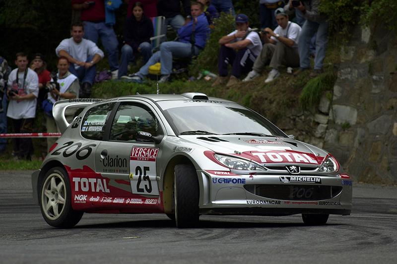 再次回到WRC領域的Peugeot在世界冠軍Marcus Grönholm帶領下,於2000年至2002年連續三年獲得年度車隊冠軍。