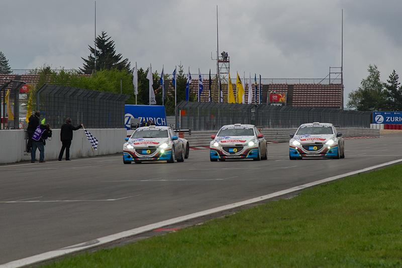 2013年以208 GTi於 Nürburgring 24小時耐久賽中囊括分組前三名的佳績。