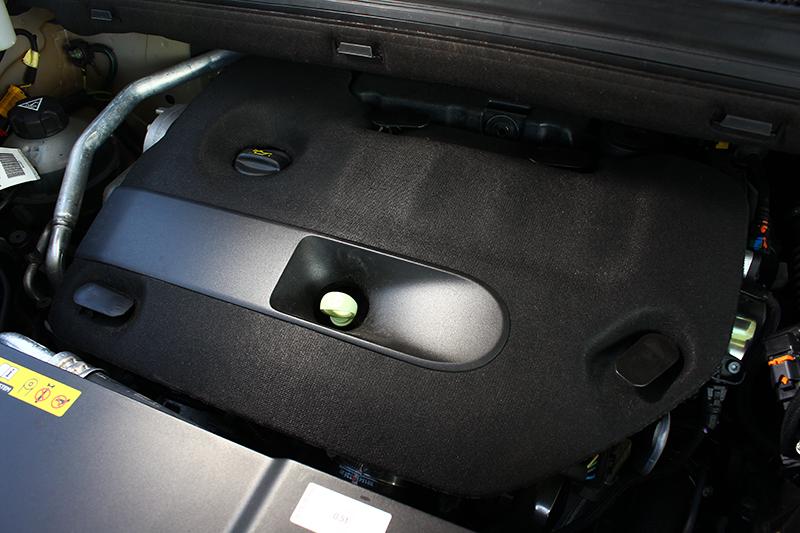 具備160bhp與40.8kg-m輸出的2.0升直列四缸渦輪增壓柴油引擎搭配新增的八速手自排變速系統,帶來滑順圓融的輸出表現。