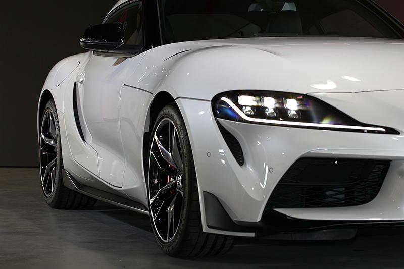 這個角度,Supra一點也不BMW。