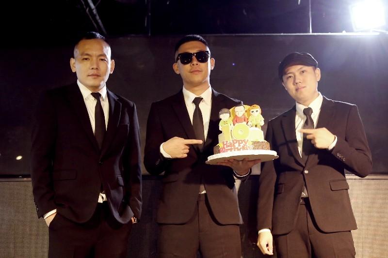 玖壹壹打造公仔蛋糕歡度10歲生日 /混血兒娛樂提供