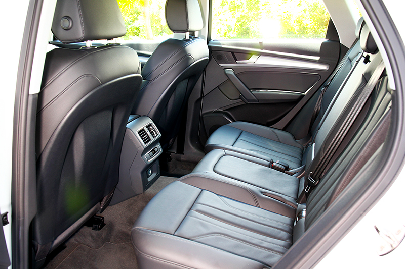 2819mm軸距搭配座椅設定,舒適與寬裕不用懷疑一定在水準之上。